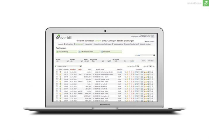 Rechnungssoftware an laptop